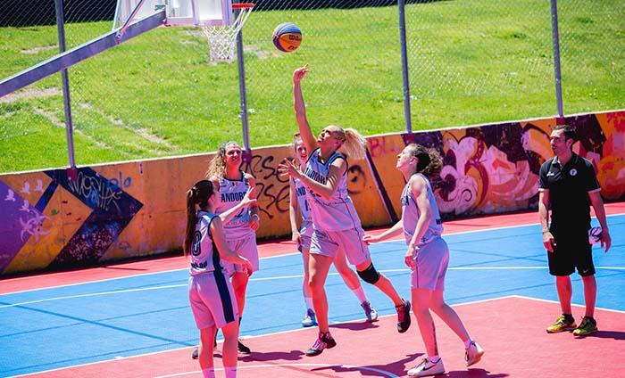 suelo pista baloncesto exterior- suelo deportivo - Bergo Multisport